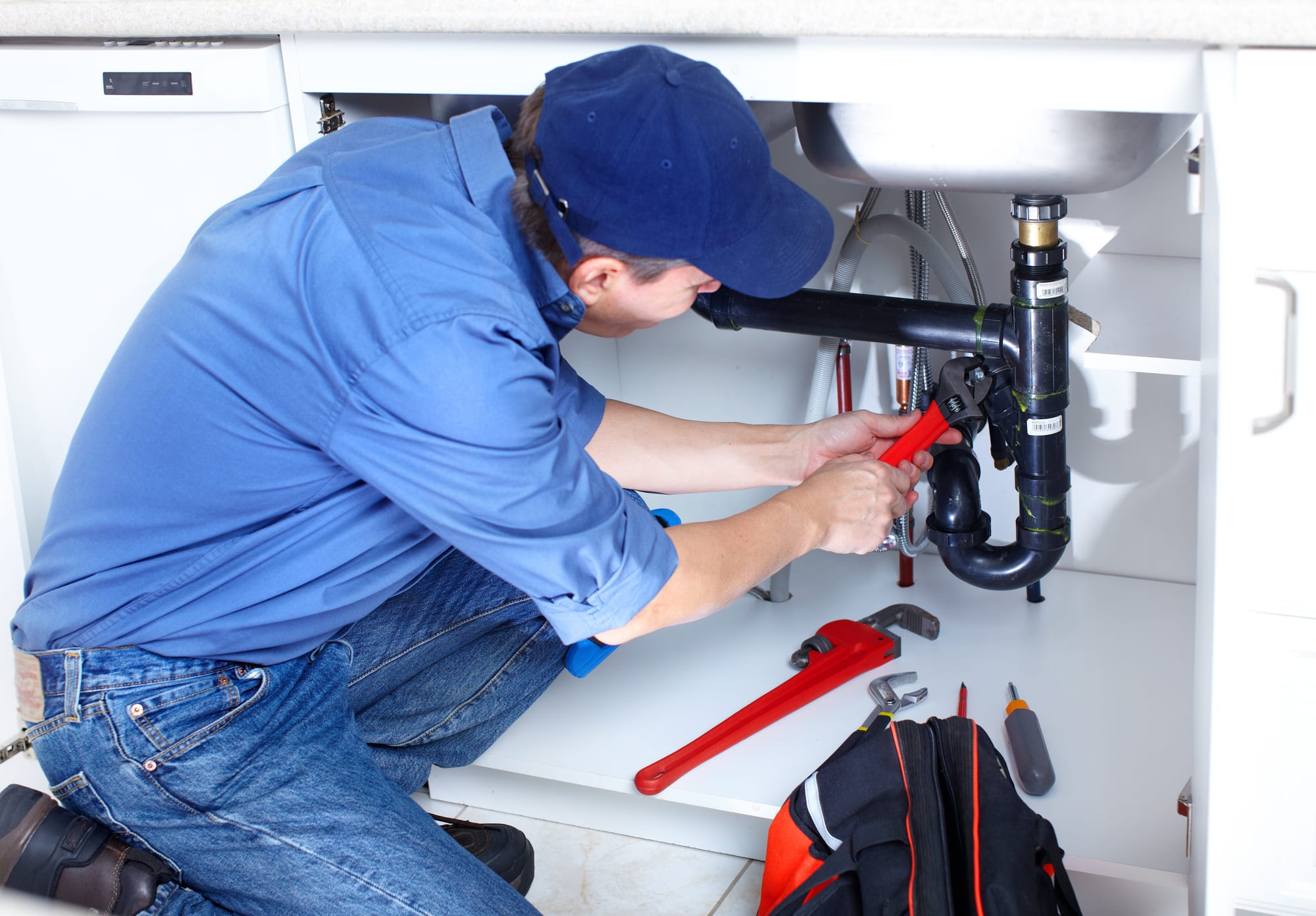 Five Reasons to Have a Professional Plumber in your Contacts
